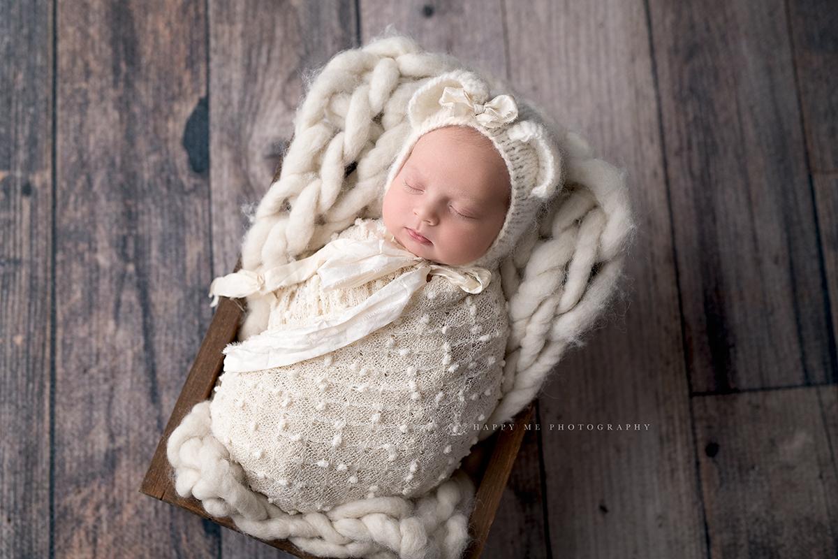 newborn picture low key Burlingame